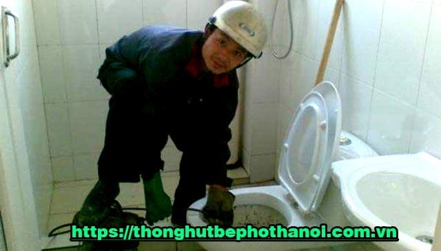 thông tắc bồn cầu toilet tại Hà Nội